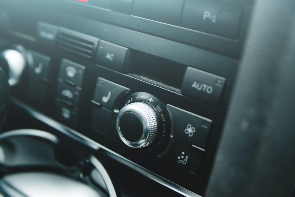Car air conditioning system panel on console